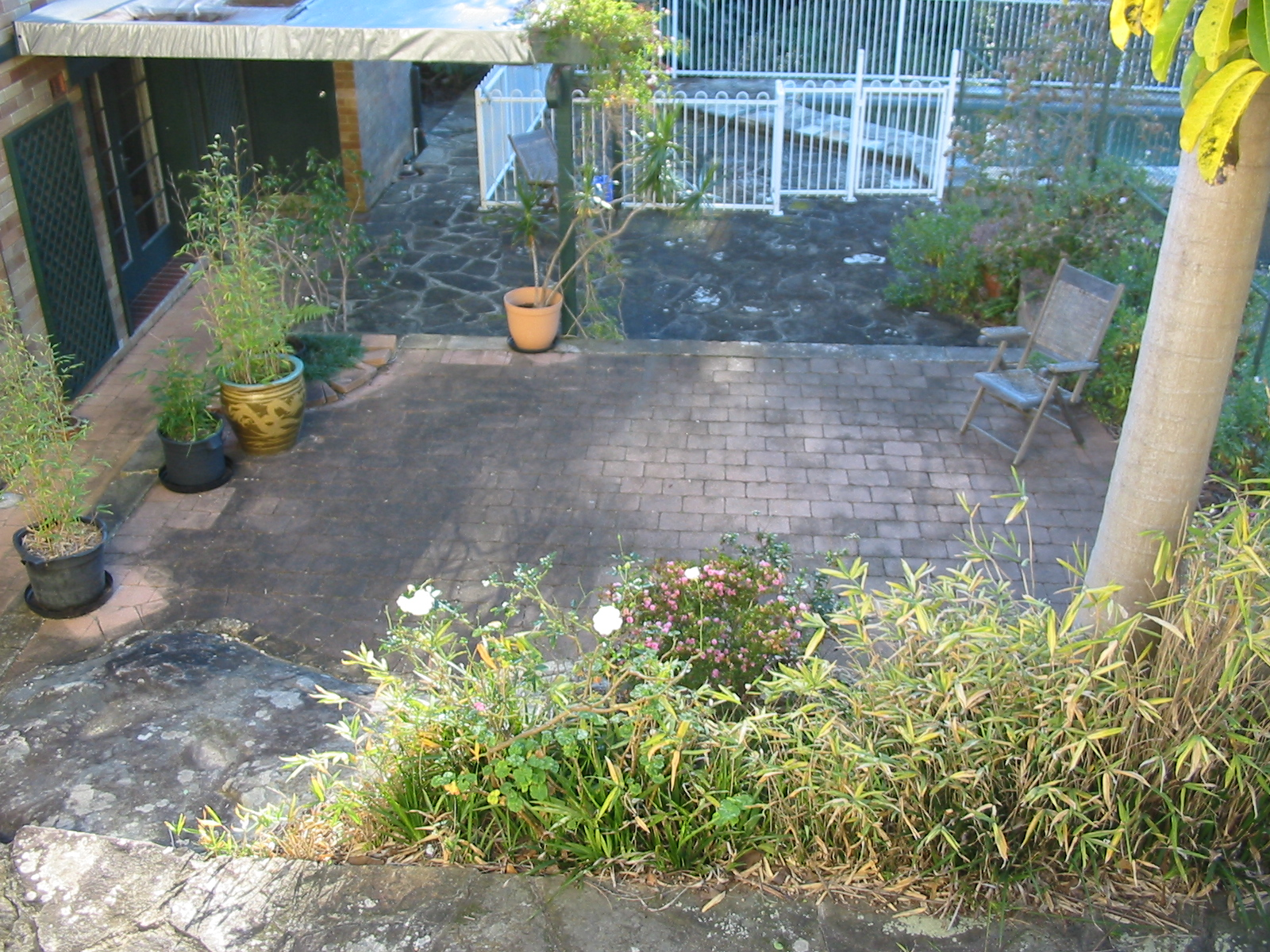 courtyard-before